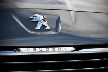 5008 Peugeot